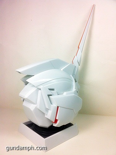 Banpresto Gundam Unicorn Head Display  Unboxing  Review (45)