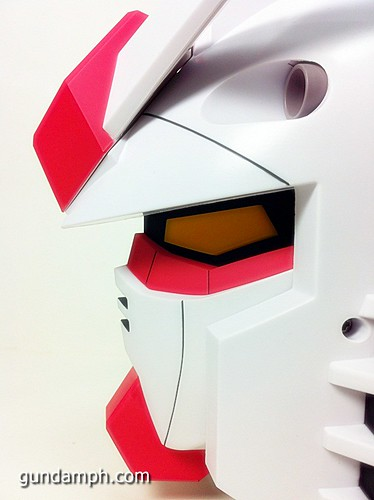 BIG RX-78-2 Gundam Head Coin Bank 30th Anniversary Edition 7-11 (38)
