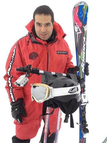 Nacho en Baqueira con sus esquís nuevo y la Go Pro