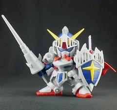 Bandai SD BB 370 Legend Knight Gundam (Release in 42012) (2)