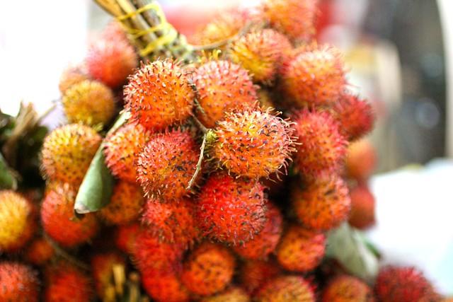 Siem Reap local market (rambutan)