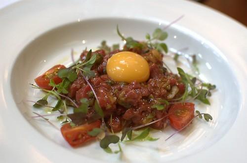 Spicy steak tartare