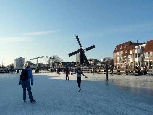 Frozen canal and De Put windmill