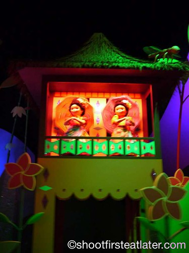 Fantasyland - It's a Small World-1