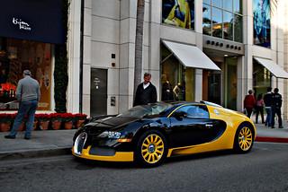 Black n Yellow Bugatti Veyron