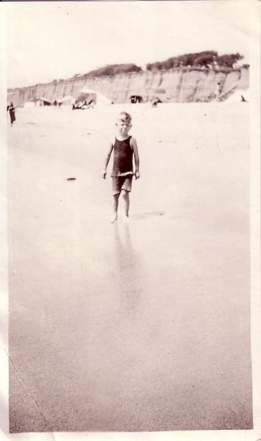 Lauber Beach Series 7