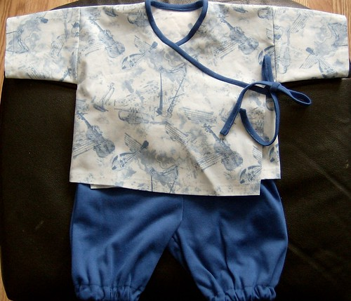 Baby shirt and bloomers