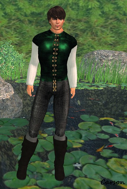 Top Katz - Dark Pants, Linen Shirt and Green Vest