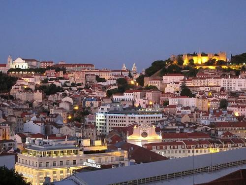 Lisbona, veduta dal Miradouro de São Pedro de Alcântara