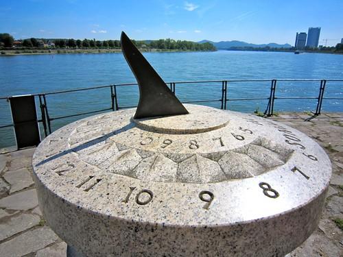 Time to enjoy Bonn by Webminkette