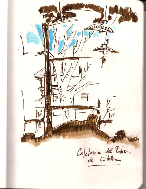 tomando un café en Correos, Madrid
