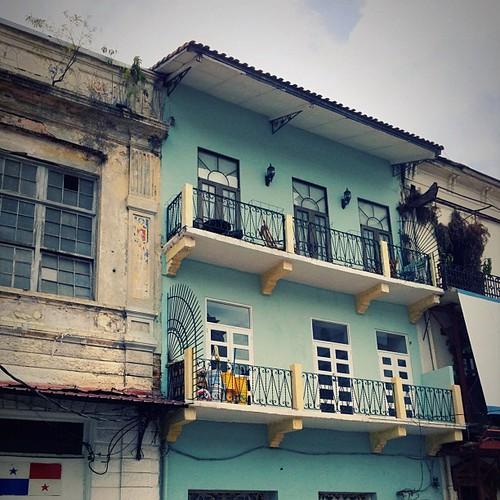 Typical #cascoviejo #cascoantiguo #architecture #panama #igerspanama #ciudaddepanama #turqouise
