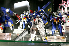Upcoming Gundam AGE kits featured on Tokyo Internation Animer Fair 2012 (2)