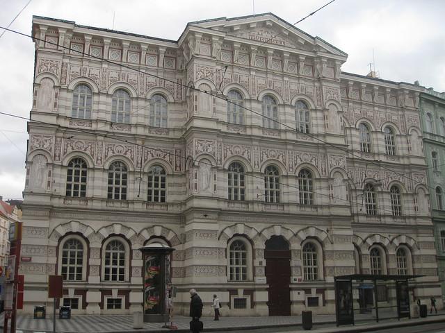 Základní Škola Vodičkova (Elementary School on Vodičkova)