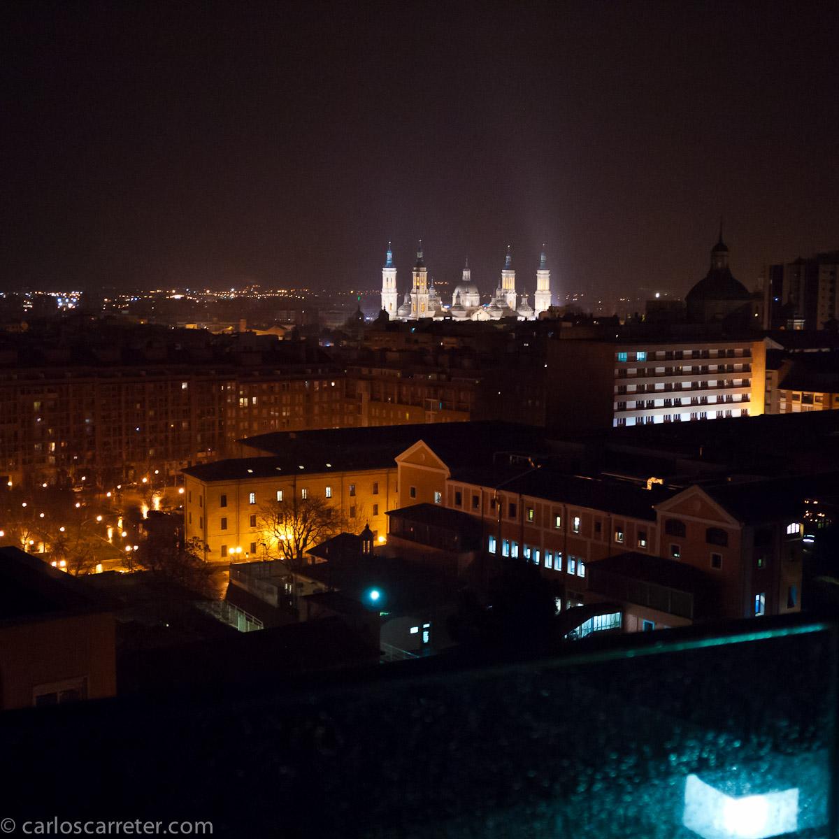 La ciudad bajo la lluvia desde la terraza del IAACC