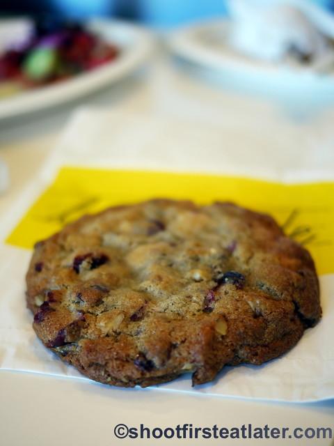 Lemonade L.A.- white chocolate raspberry cookie.-032