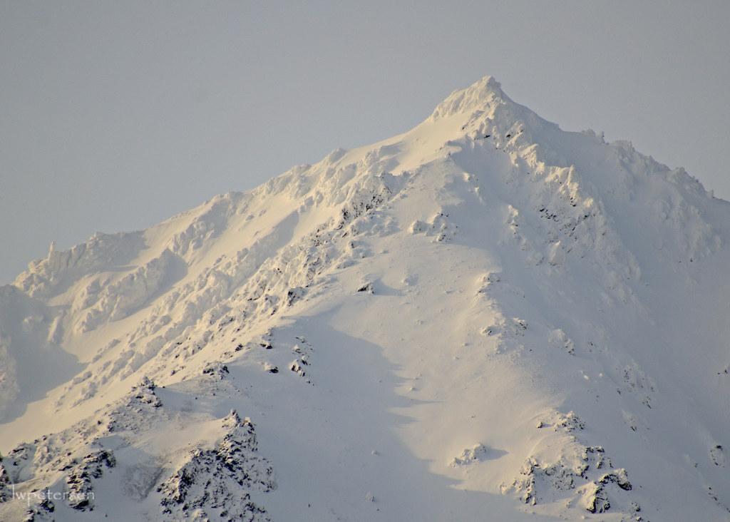 One-Snowy-Mountain