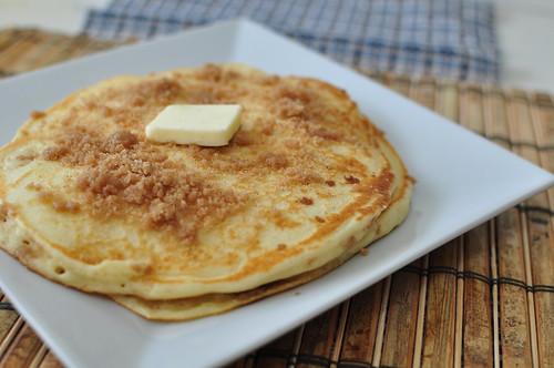 Cinnamon Streusel Pancakes