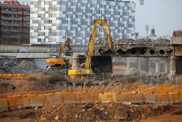 Demolición del puente del trabajo_1