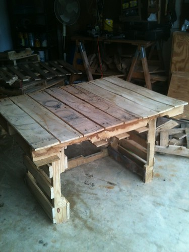 Building a writing desk/dining table for the cabin