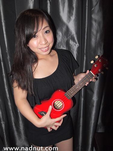 Singapore Lifestyle Blog, nadnut, Ukulele Movement, Ukulele, Uke, Music, Makala Dolphin, Makala Colours
