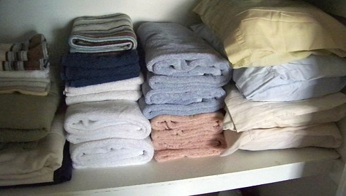 Lining Up Yer Linens