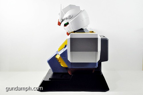 MSG RX-78-2 Bust Type Display Case (Mobile Suit Gundam) (31)