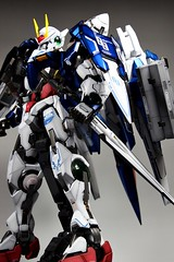 Custom Painted PG 00 Raiser Featured Kit GundamPH (15)