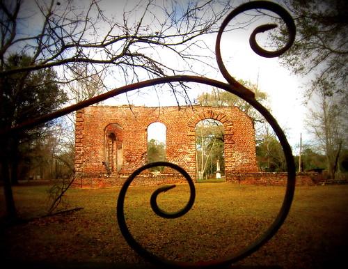 Ruins through the gate