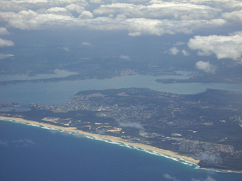 800px-Lake_Macquarie_aerial_1