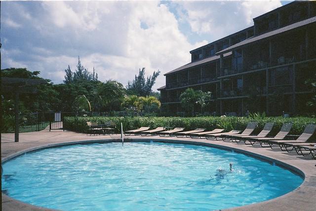 Maui Hill Hotel Resort Pool [1985]