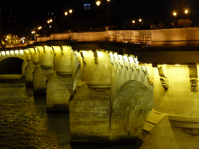 Night Seine Pont Neuf