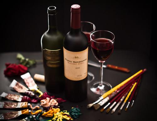 Wine II by Luiz L.