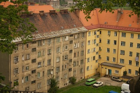 D??�n housing