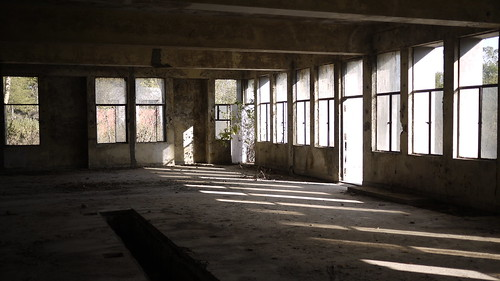 Abandoned Cabide lab