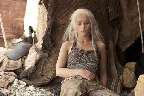 Daenerys Targaryen 01