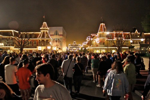 Crowds leaving - One More Disney Day