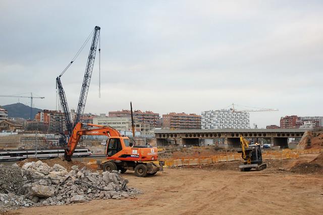 Demolición antiguo Pont del treball_2