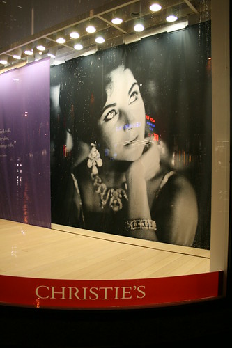 Sign for Elizabeth Taylor auction
