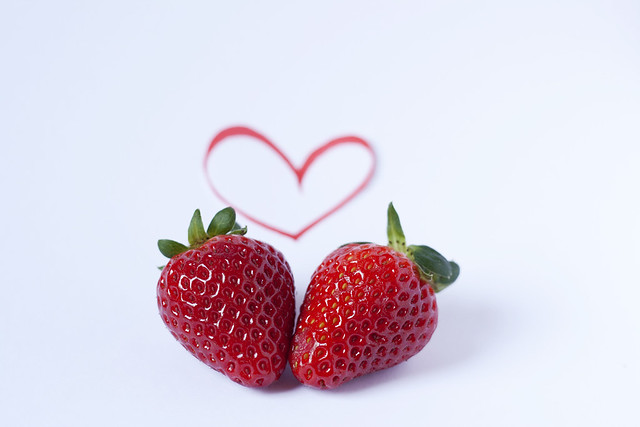74/365 [STRAWBERRIES LOVERS]