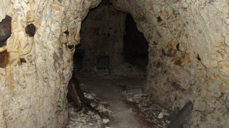 Rosary Road Chalk Mines (4)