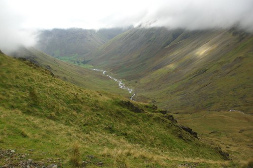 20110924-16_Lingmell Beck Valley + Wasdale Head from Corridor Route (wet lens) by gary.hadden