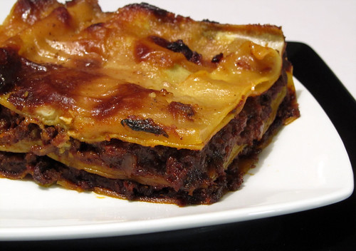 How to cook like Heston? - Ultimate cheese sauce for lasagne