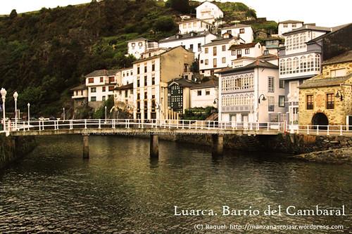 Puente del beso. Barrio del Cambaral. Luarca (Asturias)