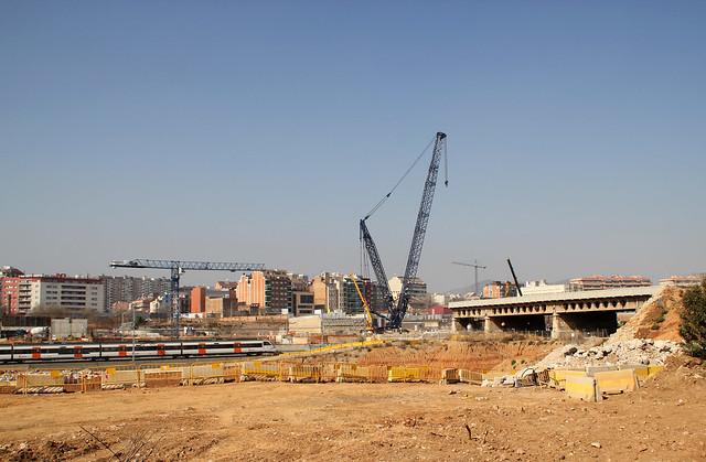 Demolición antiguo Pont del treball_1
