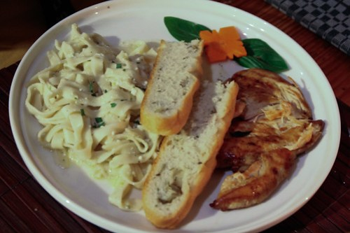 Lemon Ricotta and Grilled Chicken Breast Pasta at Cafe by the Ruins