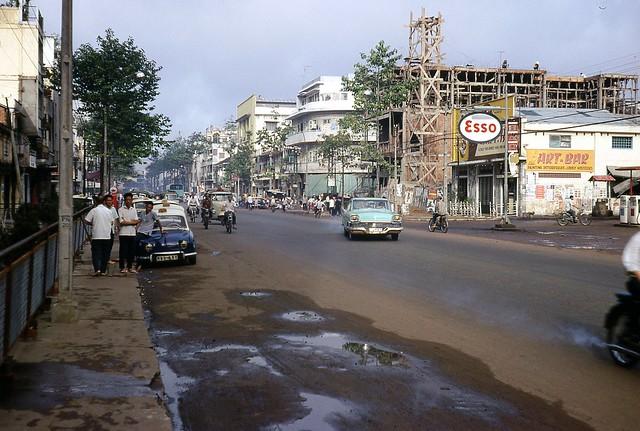 Saigon 1966 - Đường Trần Hưng Đạo