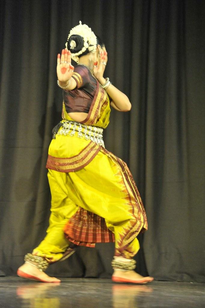 Yahi Madhava by Sudha
