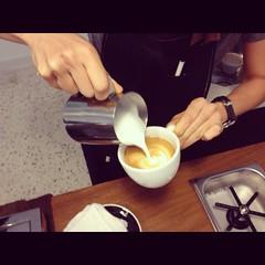 Latte art, Nylon Coffee Roasters, Everton Park
