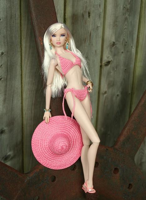 Erin Rocks A New Bikini